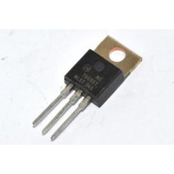 MC7805CT ON 電晶體
