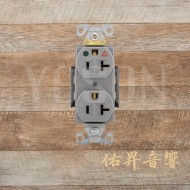 [熱賣中] 美國 EATON COOPER IG8300GY 125V 20A 灰色 獨立接地 醫療級插座  節能省電 最安全 DUPLEX型 (贈送尼龍或白鐵蓋板)