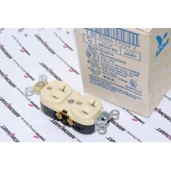 美國 EAGLE 插座 象牙白 BR20V 20A 125V 限量~絕版品 美製 音響可用(COOPER併購的品牌)