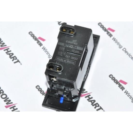 [特價中] COOPER Antares系列 30110 單迴路 15A 單切開關模組 深藍光LED指示燈 黑色