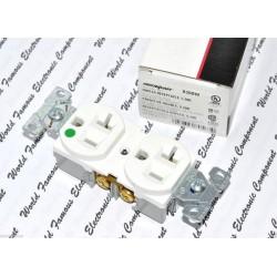 美國 COOPER 8300W 125V 20A白色醫療級插座 NEMA 5-20 DUPLEX型
