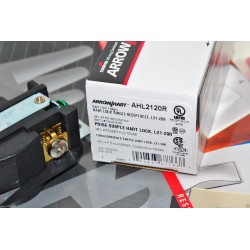 美國COOPER AHL2120R NEMA L21-20R 20A 120/208V Twist-Lock 防鬆插座