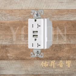 美國 EATON COOPER TR7756W 20A 125V 白色 適用110V 5-20R 3.1A USB+防誤觸插座 Decorator型