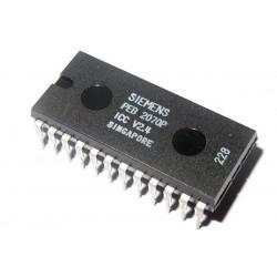 PEB 2070P V2.4 SIEMENS IC